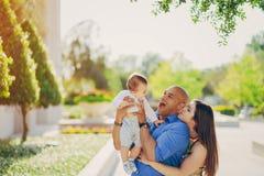 Семья на прогулке Стоковая Фотография RF