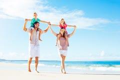 Семья на пляже Стоковое Фото