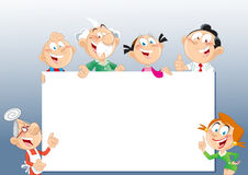 Семья около стойки рекламы Стоковое Фото