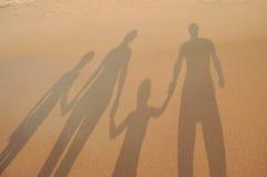семья пляжа предпосылки Стоковые Изображения