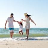 семья пляжа тропическая Стоковые Изображения RF