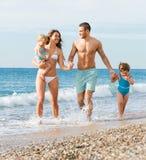 семья 4 пляжа Стоковая Фотография RF