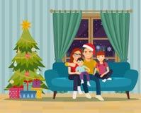 Семья сидя на софе в живущей комнате Новый Год рождества счастливое веселое иллюстрация штока