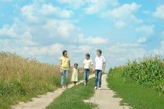 семья outdoors гуляя Стоковое Изображение RF
