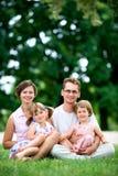 семья outdoors стоковая фотография