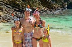 Семья snorkeling Стоковые Изображения RF