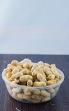 Семя арахисов Много арахисов в раковинах поднимающее вверх арахисов mkii eos dof конца предпосылки 1ds отмелое Стоковые Изображения RF