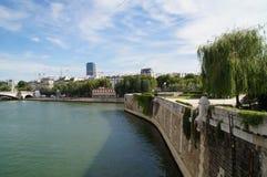 Сена в Париже - Франции - вид спереди Стоковое Изображение