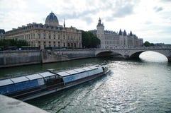 Сена в Париже - Франции Стоковая Фотография