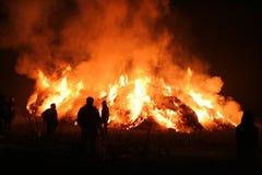 сено пожара вниз Стоковая Фотография