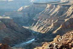 Сенсационный взгляд каньона реки рыб - второй по величине каньона в мире - Намибия Африка стоковое фото