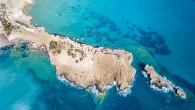 Сентябрь 2017: Вид с воздуха пляжа Fourni, острова Rodos, эгейского, Греции Стоковое Изображение RF