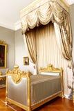 сень спальни кровати королевская Стоковая Фотография