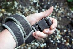 Серая рана пояса на руке на солнечный день стоковые изображения rf