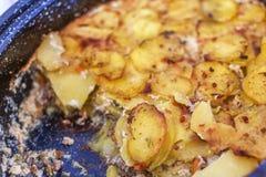 Сербское mousaka, балканская кухня как традиционное сортированное блюдо стоковые изображения