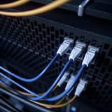 Серверы и фото концепции компьютерной технологии комнаты оборудования стоковое фото rf