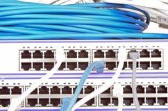 Сервер и провода стоковое фото