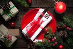 Сервировка стола рождества с украшениями рождества Стоковое Фото