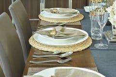 Сервировка стола для роскоши обедая время Стоковые Изображения