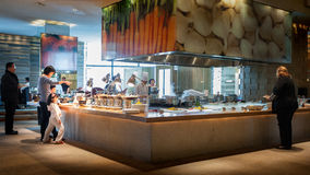 Сервис связанный с питанием в гостинице стоковые изображения