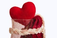 Сердце в кристаллической вазе стоковые изображения rf