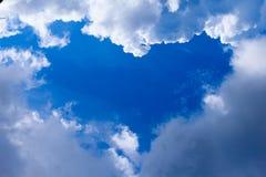 Сердце в небе Стоковые Изображения RF