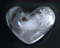 Сердце, кубики льда стоковые фотографии rf