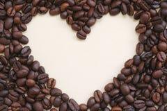сердце рамки кофе фасолей Стоковые Изображения