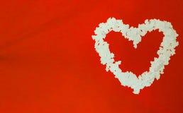 Сердце сделанное от confetti белой бумаги Стоковые Фото