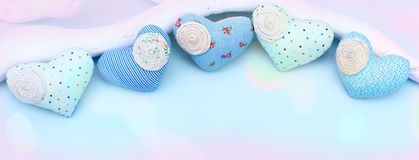 Сердце ткани знамени декоративное handmade Стоковые Фото