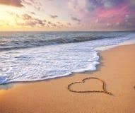 сердце элемента конструкции пляжа романтичное Стоковые Изображения