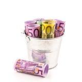 Серебряная корзина вполне больших банкнот евро Стоковые Изображения