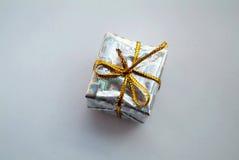Серебряная коробка подарка Стоковое Изображение RF