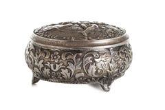 Серебряная коробка для ювелирных изделий стоковая фотография rf