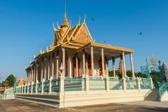 Серебряная пагода/королевский дворец, Пномпень, Камбоджа стоковое изображение