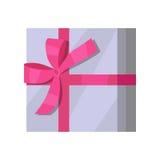 Серебряная подарочная коробка с розовой лентой Стоковая Фотография RF