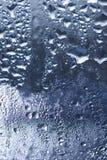 Серебряная предпосылка падения воды Стоковое фото RF