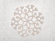 Серебряная предпосылка снежинки Стоковое фото RF
