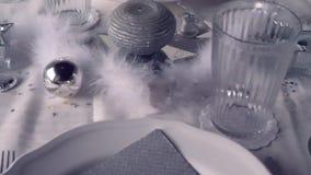 Серебряное украшение ресторана видеоматериал