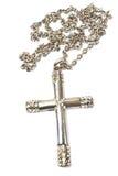 Серебряное христианское перекрестное изолированное ожерелье Стоковые Изображения