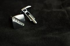 Серебряные запонки для манжет с стразами Стоковые Фотографии RF