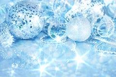 Серебряные украшения рождества Стоковые Изображения RF