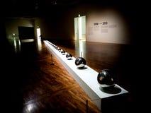 Серебряные шарики От огромного к крошечному стоковое фото