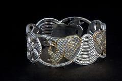 Серебряные bangles и kada Gents & x28; Диапазон & x29; Стоковое Изображение RF