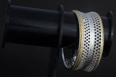 Серебряные bangles и kada Gents & x28; Диапазон & x29; Стоковые Изображения RF