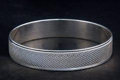 Серебряные bangles и kada Gents & x28; Диапазон & x29; Стоковая Фотография RF