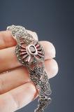 Серебряный браслет с венисами Стоковое Фото
