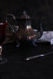 Серебряный чайник Стоковые Изображения RF
