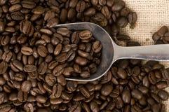 серебр ветроуловителя вкладыша кофе мешковины фасолей Стоковые Фотографии RF