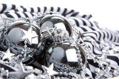 серебр шариков изолированный cristmas Стоковое Изображение